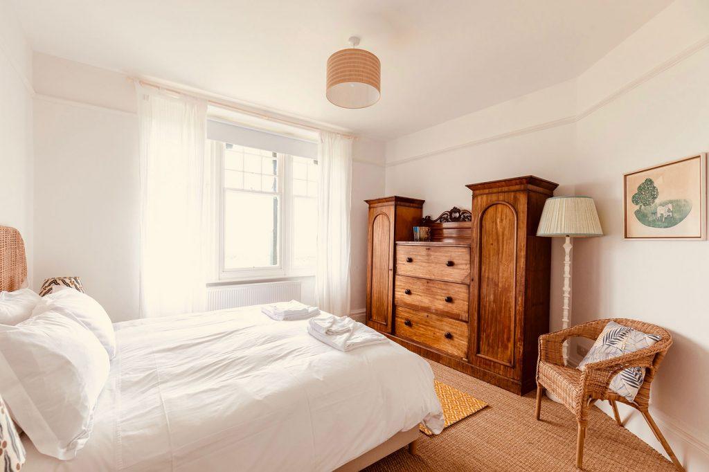 App-1-Double-Bedroom-2