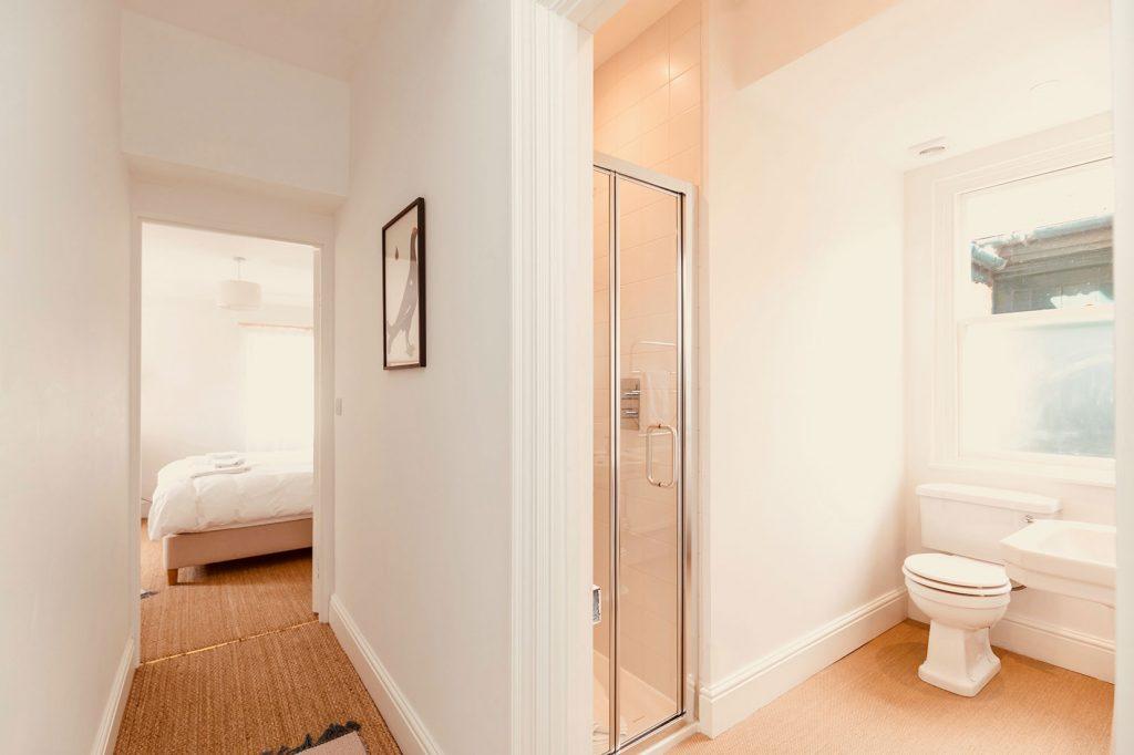 App-1-Shower-Room