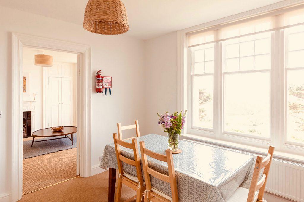 App-2-Dining-Room