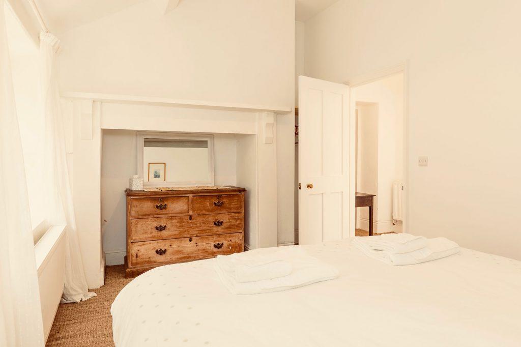 App-4-Bedroom