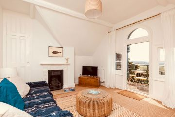 App-3-Living-Room